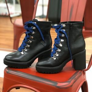 Steve Madden Royce lace up boots